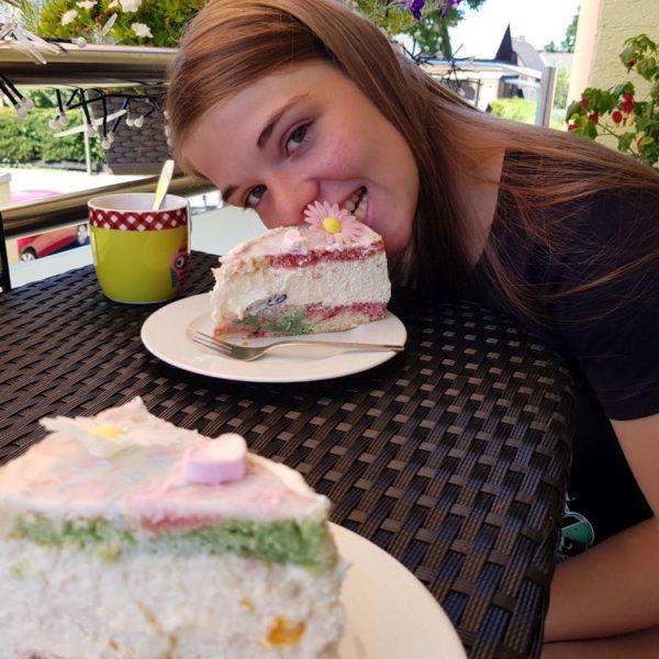 Papageien Torte